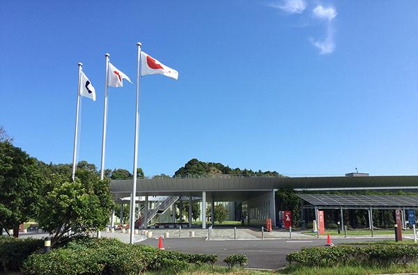 和歌山県立情報交流センターBig・U